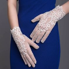 "Bobbin lace ""Flower of Love"" gloves Russian bobbin handmade lace Bobbin Lacemaking, Types Of Lace, Bobbin Lace Patterns, Crochet Mittens, Lace Gloves, Linens And Lace, Needle Lace, Lace Making, Antique Lace"