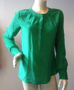 Banana Republic XS Silk Emerald Green Snap Front Popover Blouse Tab Sleeves | eBay