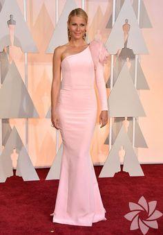 Gwyneth Paltrow, pink.