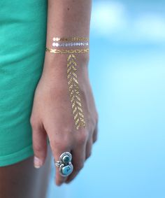 These temporary tattoos boast a trendy metallic finish and tribal designs, perfect to pair with other favorite accessories for an eye-catching addition to any ensemble.