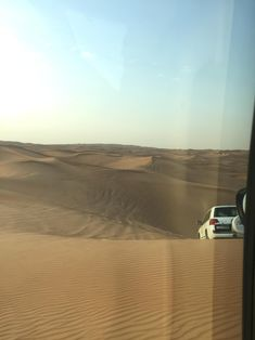 Part one of my Dubai adventures with the girls. Read all about where we stayed, our Arabian Safari, Beach Clubbing and our first ladies night in the City whilst visitng our friend. Beach Club, Wonderful Places, Dubai, Safari, Places To Visit, Bee, Wanderlust, Adventure, City