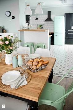 Un salón de Pinterest en gris, blanco y mint | Decoración