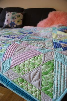 Blog of beautiful modern quilting fills