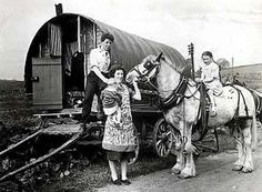 An exhibition celebrating the history and culture of Romany gipsies and Irish travellers is being staged in Bradford later this year. Gypsy Caravan, Gypsy Wagon, Old Photos, Vintage Photos, Gypsy Culture, Irish Culture, Gypsy Home, Vintage Gypsy, Vintage Tins