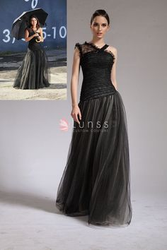 Selena Gomez fashion black dress in Who Says Video. Black lace and tulle A-line long celebrity inspired prom dress. Asymmetrical shoulder straps. Corset bodice.
