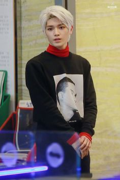 #TAEYONG #NCT #NCTU  he has the same black printed longsleeves as baekhyun during fantastic duo .. lol. check it out. i'm pretty sure