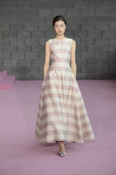 Emilia Wickstead Spring 2016 Ready-to-Wear Collection Photos - Vogue