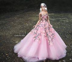 #dreamcometrue #vanessa #fashionroyalty#integritytoys #eveningdress #gown…
