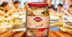Sofrada Berrak Zengin Karışık Turşu varsa yemeğin tadına doyum olmaz :) Berrak Zengin Karışık Turşu ve tüm ürünlerimiz tursu.com.tr'de