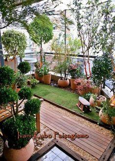 Varanda do jardim Grandes 45 super ideias - balcony Extension - Paisagismo Small Balcony Design, Small Balcony Garden, Small Balcony Decor, Rooftop Garden, Balcony Gardening, Big Garden, Diy Yard Decor, Indoor Balcony, Apartment Balcony Decorating