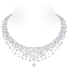 White gold necklace, 1 Louis Vuitton cut diamond (2.58 kt), 953 Diamonds (14.05 kt)