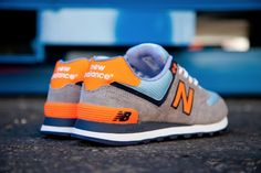 NEW BALANCE 574 (BABY BLUE/ORANGE) - Sneaker Freaker
