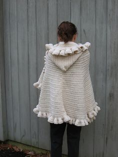 Ruffled Shawl Cape - 15 Free Crochet Patterns for Trendy Winter Clothes | GleamItUp