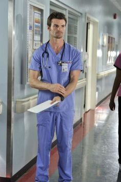 He makes a good looking Doctor too