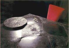Tavolo in pietra lavica / Lava stone table / Table en pierre de lave. #interior #design #table #lapilli #vulcano #lava #stone #EmblemaOpificio #Emblema #Opificio