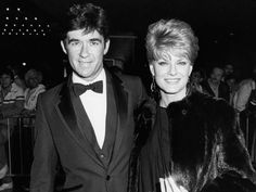 Born in Kirkland Lake, Ontario, Canada, on March Alan Thicke got his start hosting the Cana. - 1983 Ron Galella, Ltd. Alan Thicke, Robin Thicke, Gloria Loring, O Canada, Ex Wives, Ex Husbands, Celebs, Celebrities, Movies And Tv Shows