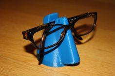Porte-lunette / Glasses holder - Printer Pen - Ideas of Printer Pen - 3d Printer Kit, 3d Printer Designs, Best 3d Printer, 3d Printer Projects, 3d Projects, Project Ideas, 3d Printing Diy, 3d Printing Service, Impression 3d