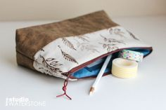 Artists Pouches from Recycled Leather and Linen