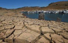 Geoingegneria (scie chimiche) e siccità globale,il collegamento shock che nessuno vi dice http://jedasupport.altervista.org/blog/attualita/siccita-globale-e-geoingegneria-shock/