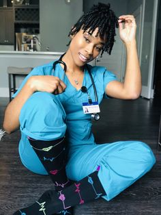 Nursing Goals, Nursing School Notes, Nursing Career, Medical School, Nurse Love, Sexy Nurse, Hello Nurse, Nursing Graduation Pictures, Grad Pictures