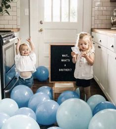 36 trendy baby reveal ideas for siblings children Sibling Baby Announcements, It's A Boy Announcement, Pregnancy Announcement To Husband, Pregnant With Boy, Pregnant Tips, Baby Boys, Pregnancy Humor, Pregnancy Belly, Symptoms Pregnancy