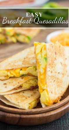 These easy breakfast quesadillas are made with fluffy scrambled eggs, green peppers . - These easy breakfast quesadillas are filled with fluffy scrambled eggs, green peppers, bacon and ch - Healthy Breakfast Recipes, Brunch Recipes, Gourmet Recipes, Mexican Food Recipes, Cooking Recipes, Healthy Recipes, Skillet Recipes, Cooking Tools, Dinner Recipes