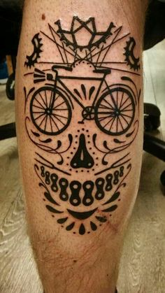 Caveira Mexicana vs Bike
