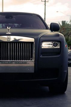 A murdered-out Rolls is the way we roll. via athenna cc Rolls-Royce Motor Cars @Deborah MaHarrey-Royce Motor Cars