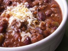 Dad's Venison Chili - definitely need to try this with the hot sausage my husband just ground up.