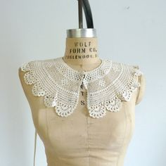 Vinatge 1940's Crocheted Wide Collar...SO COOL~