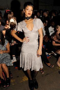 Rihanna na fila A da Opening Ceremony!
