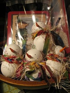 What about ping pong balls? previous pinner says: wooden knob snowman ornaments. What kind of knob? Primitive Christmas, Christmas Snowman, Rustic Christmas, Winter Christmas, Christmas Holidays, Christmas Bulbs, Christmas Decorations, Snowman Crafts, Snowman Ornaments