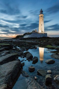 St Marys Lighthouse, Whitley Bay - late night long exposure. (by Nick Watson)