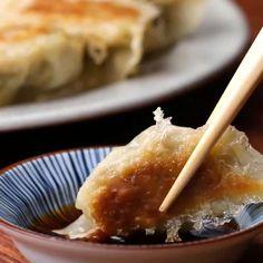 Dumplings Gyoza Dumplings Recipe by TastyGyoza Dumplings Recipe by Tasty I Love Food, Good Food, Yummy Food, Asian Recipes, Healthy Recipes, Healthy Snacks, Dumpling Recipe, Steamed Dumplings, Gyoza Recipe Pork