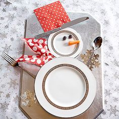Top Christmas Table Setting: Snowman Table Setting
