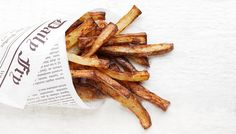 My experience using the Philips Airfryer in my kitchen for 30 days and how to make perfect air-fried fries.