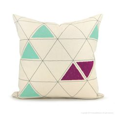 classic by nature | triangle pillow cover