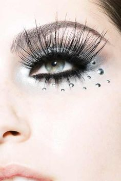 Long eyelashes, mascara and cool eye makeup closuep for beauty editorial, by renowned commercial beauty photographer, Stan Musilek. Fake Lashes, Long Lashes, Spider Lashes, Wispy Lashes, False Eyelashes, Love Makeup, Jewel Makeup, Awesome Makeup, Makeup Stuff