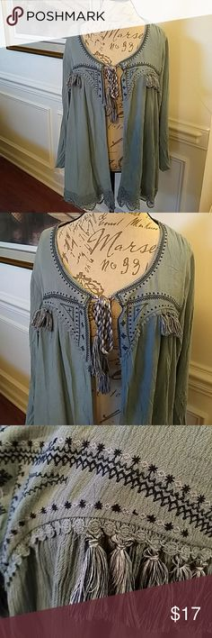 """NEW Knox Rose Boho Embroidered Peasant Jacket XXL New with tags Knox Rose Peasant/Boho embroidered light jacket with tassels and heavy lace border. Color Robin's egg blue/grey. Measures flat lay pit to pit 25"""", length back from shoulder to hem 30"""", front from shoulder to hem 28"""". Washable! Thanks for stopping by! Knox Rose Jackets & Coats"""