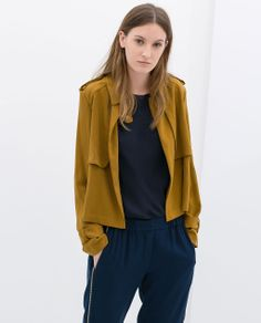 Image 2 of SHORT JACKET WITH BUTTON TAB from Zara