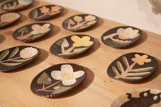 Kagoshima, Small Art, Ceramic Artists, Ceramic Plates, Cutlery, Illustrators, Folk Art, Pattern Design, Objects