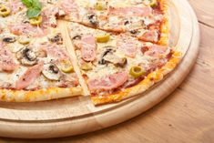 How to make delectable thin-crust pizza at home