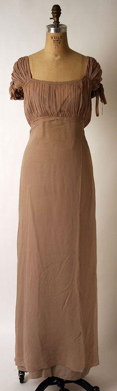 Evening ensemble Nettie Rosenstein (American, Date: Vestidos Vintage, Vintage Gowns, Vintage Outfits, Vintage Clothing, 1930s Fashion, Retro Fashion, Vintage Fashion, Period Outfit, Historical Clothing