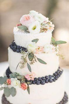Flower and Berry Wedding Cake | Rustic Ocala Wedding | Bri Cibene Photography