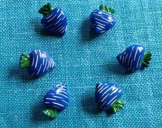 Vintage novelty vegetable glass buttons Brutalist Design, Vintage Pottery, Contemporary Jewellery, Vintage Buttons, Vintage Jewelry, Glass, Vintage Ceramic, Drinkware, Corning Glass