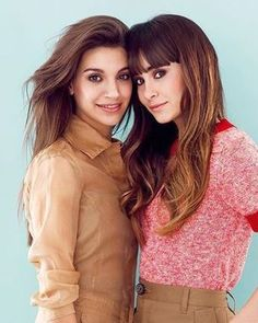 Besties, Bff, Rick Y, Thalia, Cute Girls, Famous People, Poses, Style Inspiration, Long Hair Styles