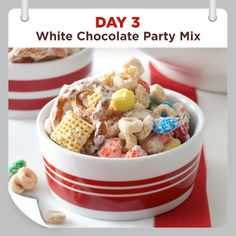 25 Days of Christmas Cheer :: Day 3 :: White Chocolate Party Mix Recipe