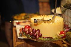 Ilha de queijos para seu casamento (achei muito bacana)