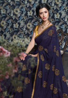 I love simple sarees like this, do you know any place I can see online in Surat