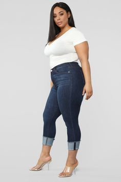 Available In Dark Rise - High RiseCuffed PocketsStretch DenimButton & Zipper Cotton Polyester Rayon Spandex ImportedDisclaimer: Due To The Specialized Wash Process, Each Garment Is Unique. Thick Girl Fashion, Plus Size Fashion For Women, Curvy Women Fashion, Plus Size Women, Curvy Outfits, Sexy Outfits, Plus Size Outfits, Fashion Nova Models, Babestation Models